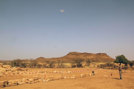 Th. Bauer (TrigonArt) doing a fly-over of Temple 1200