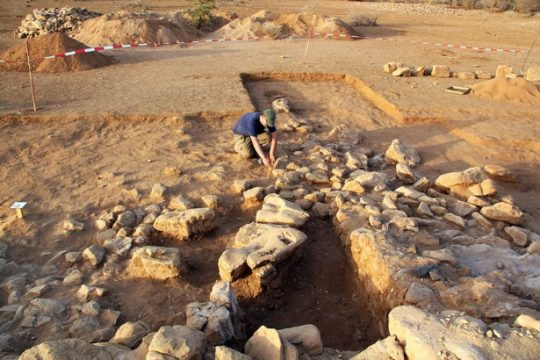A. Schlüter excavating in the temple's outer area
