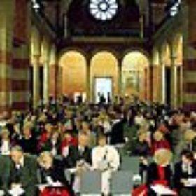 Besucher in der Hofkirche