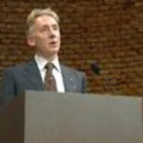 Redner Dr. Alfred Grimm