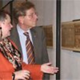 Museumsdirektorin Dr. Schoske mit Staatsminister Dr. Goppel