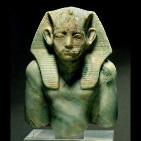 Oberteil einer Statue des Amenemheit III.