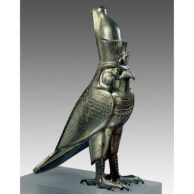 Kultbild des Gottes Horus als Falke mit Doppelkrone