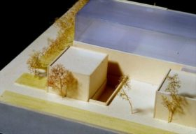 Architekturmodell des Neubaus, Rückseite